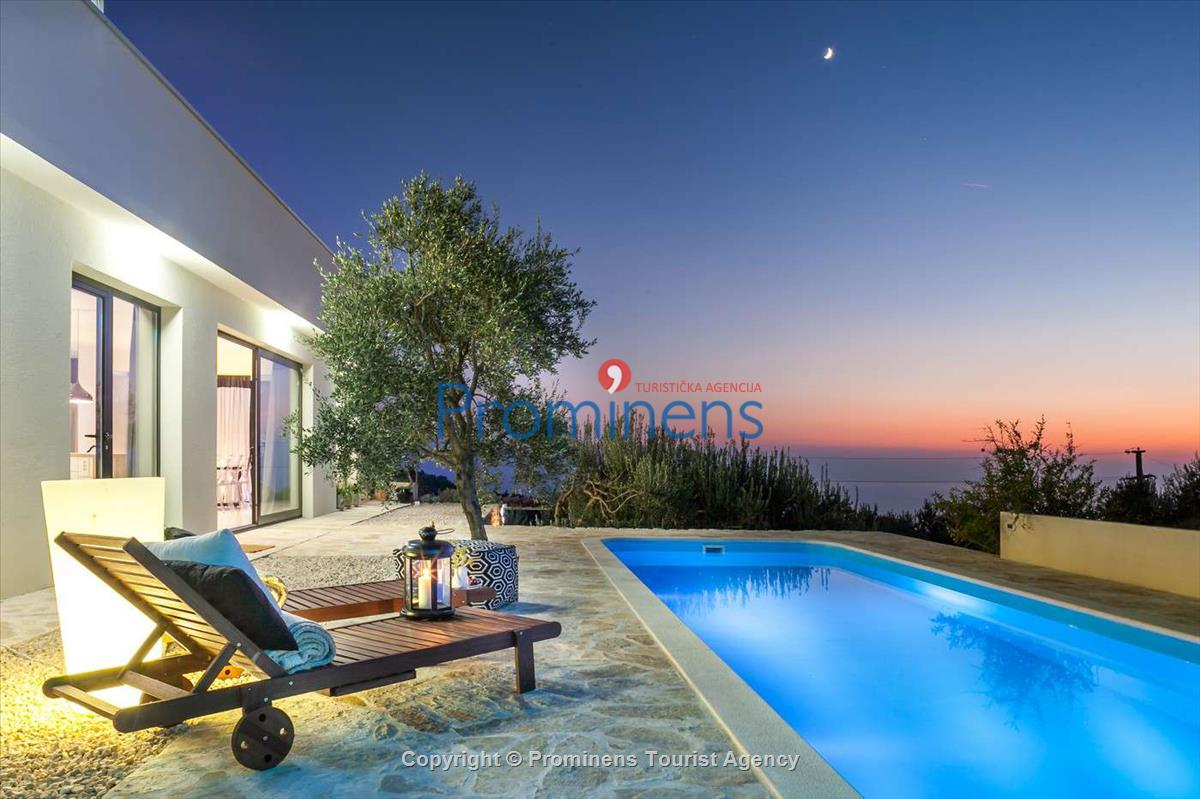 Luxury villa chic makarska for Moderne hauseinrichtung