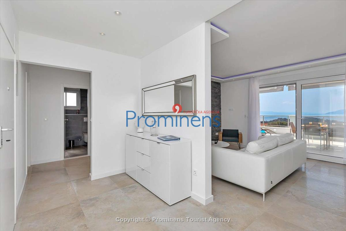 Penthouse City View Makarska